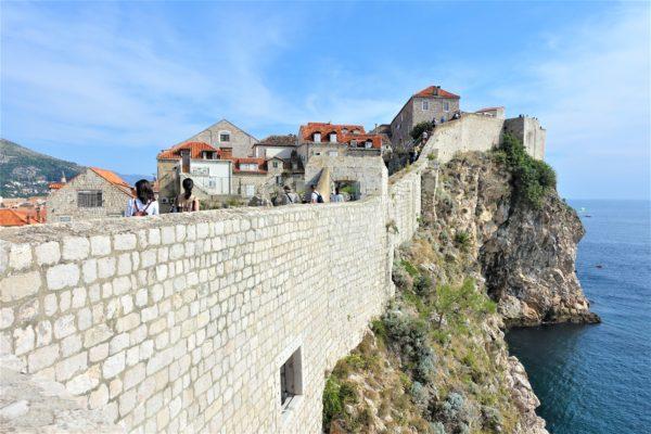 ドブロブニクの城壁巡りの万里の長城みたい