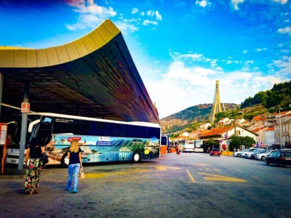 ドブロブニクの長距離バスターミナル