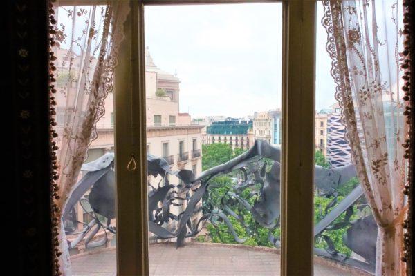 カサ・ミラのバルコニーからの眺め