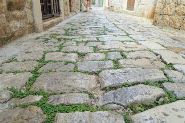 トロギール島の石畳