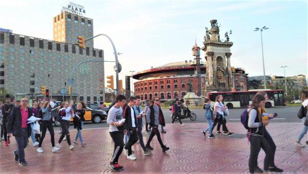 カタルーニャ広場の交差点