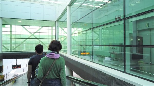 バルセロナ空港ターミナル1から空港バス(Aerobus)乗り場までの行き方