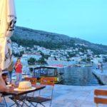城壁の街ドブロブニクで海を見ながら食事ができるおすすめのレストランKONOBA!牡蠣も美味しい!