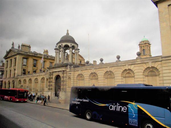 megabus(メガバス)でオックスフォードに到着