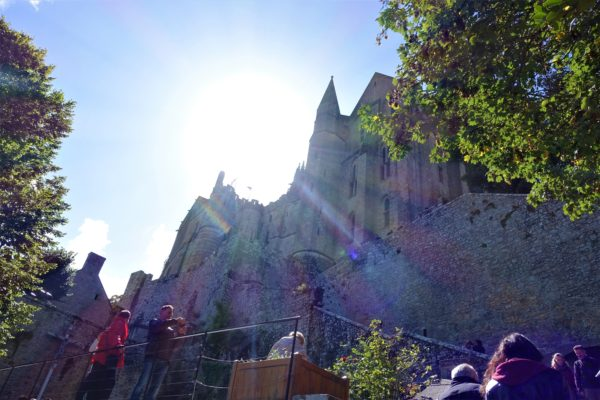 モンサンミッシェルの修道院が近づいてきた
