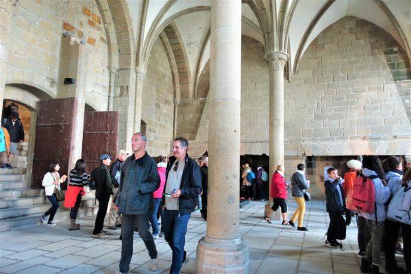 モンサンミッシェルの修道院の迎賓の間