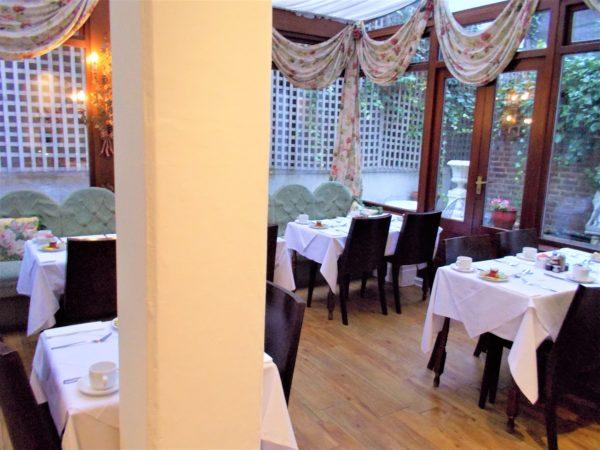 アビーコートホテル(Abbey Court Hotel)のレストラン