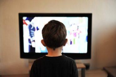 脱テレビ生活のすすめ!テレビを見なくなってから早5年メリットだらけだった!その効果とは…。