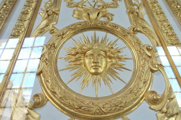 太陽王のルイ14世のマーク