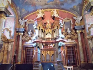世界のコンサートを日本語で予約できるサイトCLASSITICでプラハの教会コンサートチケットを購入する方法!