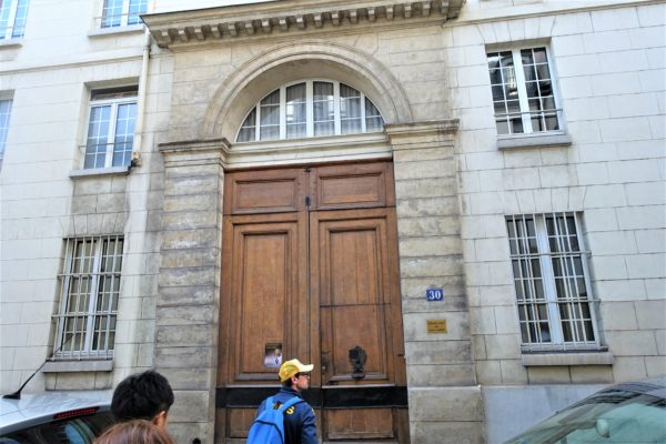 【レビュー】VERTRAツアーのパリ市内観光を電動自転車でめぐる地元っ子の目線で旅する