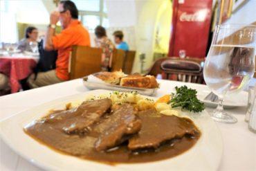 ザグレブ郷土料理の名店「スターリ・フィヤケル900(Stari Fijaker)」がランチにおすすめ!リーズナブルで美味しい料理に舌鼓!