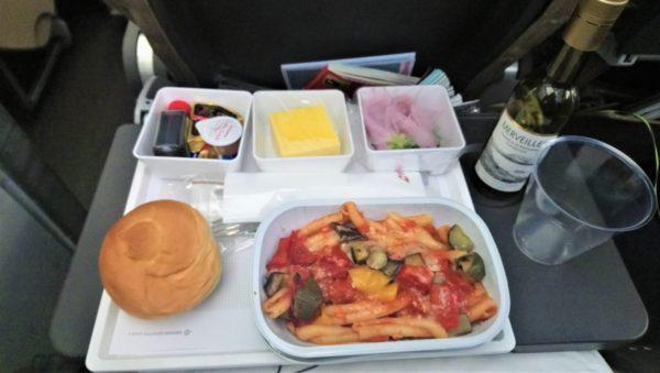 スイス航空の夕食の機内食