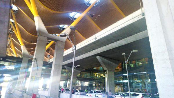 マドリード・バラハス空港に到着