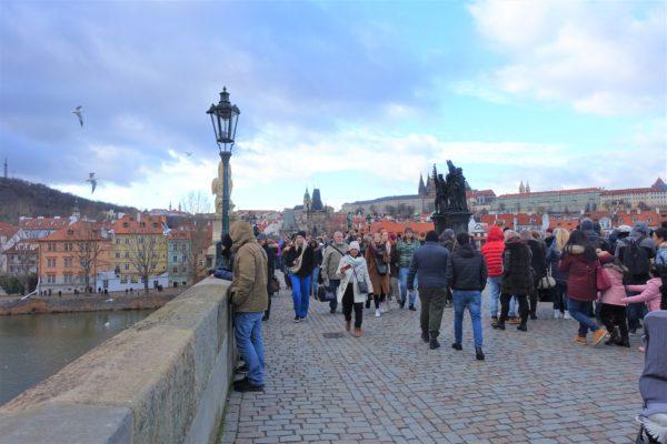 カレル橋からプラハ城が見える絶景