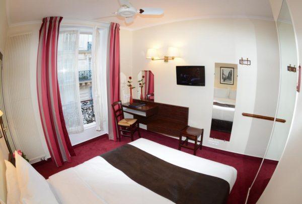 パリのおすすめホテルの部屋