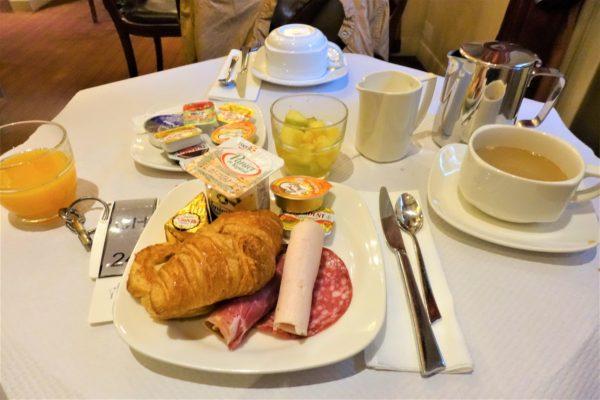 パリのおすすめホテルの朝食