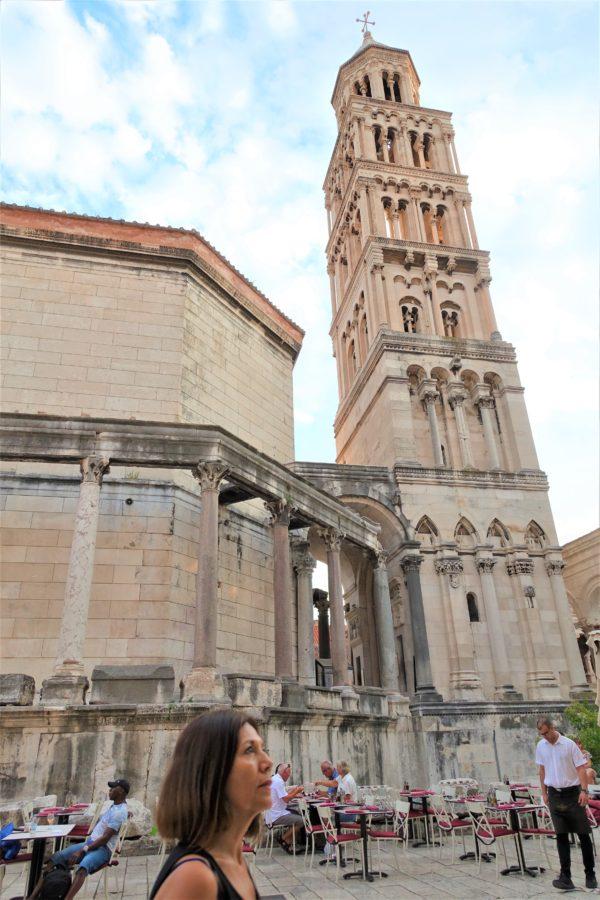 クロアチアのスプリットの旧市街の大聖堂