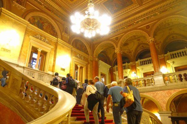 国立オペラ劇場の見学ツアー