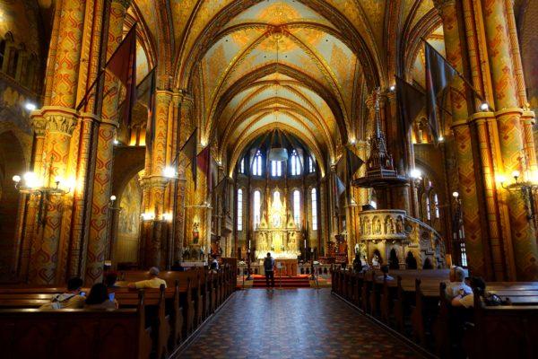 マーチャシュ教会の内部