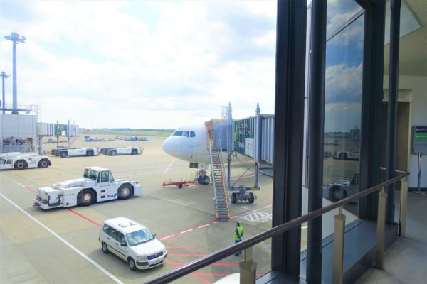 成田空港からオーストリア航空に搭乗する