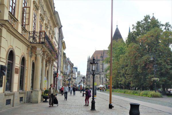 スロバキアのコシツェのフラヴナー通り