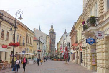 スロバキアの交通検索サイトとバスの乗り方!コシツェの街を観光してきた!