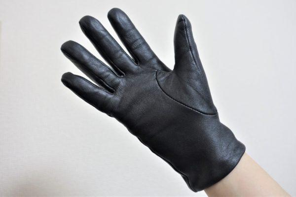 無印良品の撥水レザータッチパネル手袋