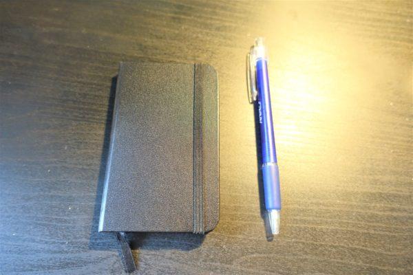 モレスキン風A7サイズのノートKORORUとボールペン