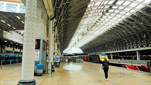 PS4アサシンクリード シンジケートの現地のロンドン駅写真
