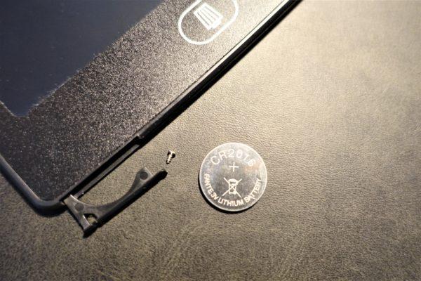 キャンドゥの電子メモパッドの電池交換方法